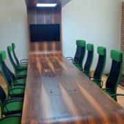 tárgyalóasztal
